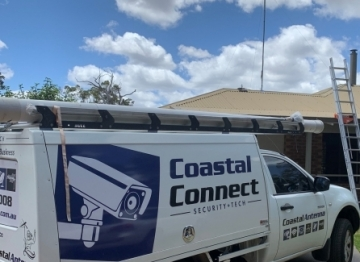 Coastal Connects Car and antenna